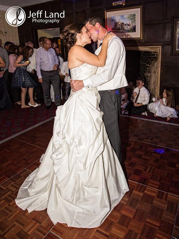 First Dance, Wedding Photographer, St Nicholas Parish Church, Alcester, Salford Hall, Stratford-upon-Avon, Warwickshire, Event Photographer
