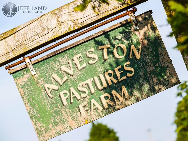 Wedding Photographer, Portrait Photographer, Pre Wedding Shoot, Engagement Portraits, Alveston Pastures Farm, Stratford upon Avon, Warwickshire