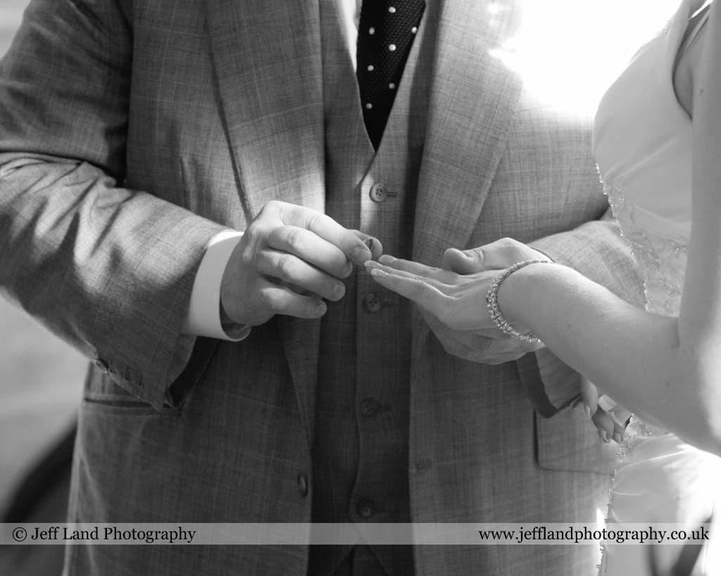 Jeff Land, Wedding Photographer, Stratford Upon Avon, Bride & Groom, Warwick, Lord Leycester Hospital