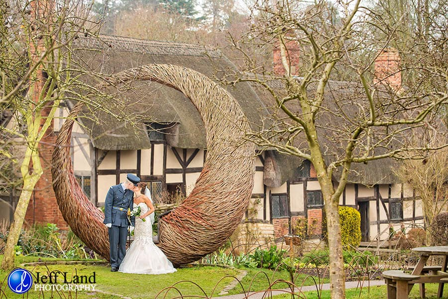 Stratford-upon-Avon, Warwickshire, Macdonald Alveston Manor, Wedding Photographer, Wedding Photography, Event, Anne Hathaway Cottage, Shottery