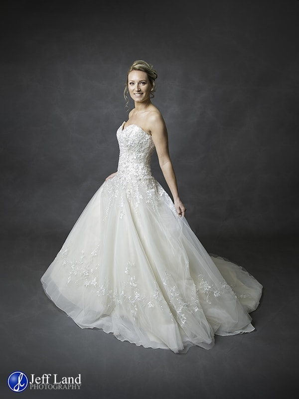Warwickshire, Wedding & Events Photographer, High End, Photography, Stratford-upon-Avon, Leamington Spa, Warwick, Studio Photographer, Wedding Dress, Bridal, Portrait, Model