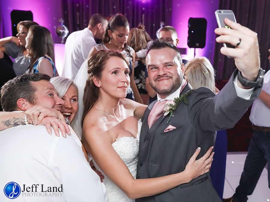 Warwickshire, Wedding, Photographer, Mercure Walton Hall, Venue, Wellesbourne, Leamington Spa, Stratford-upon-Avon, Cotswolds, Event, Bride & Groom, Warwick, First Dance, Selfie