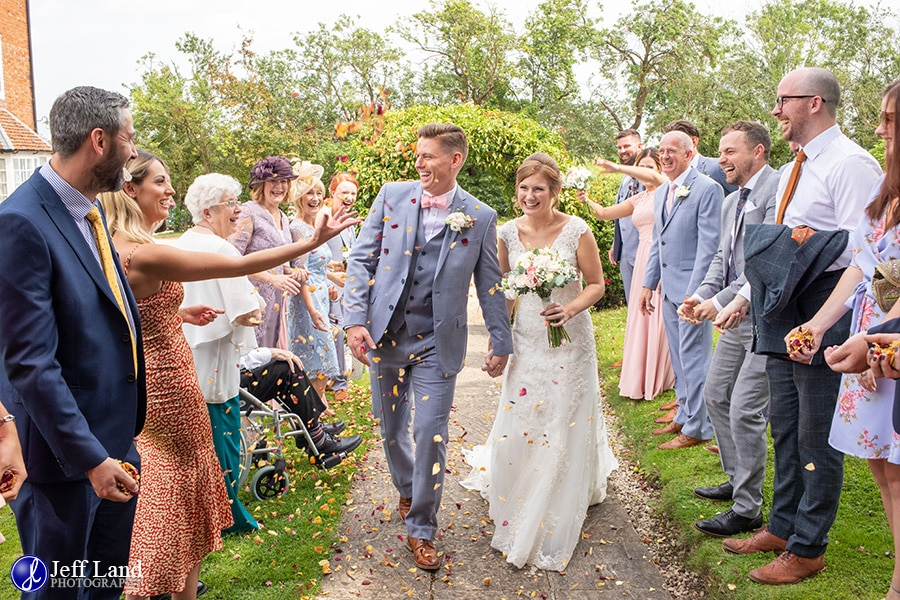 Wethele Manor Wedding Confetti