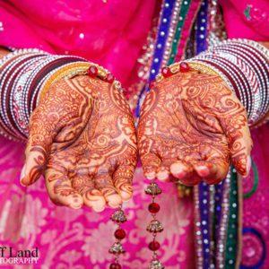 Henna Hand Painting, Wedding Photographer