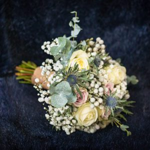 Bouquet, Wedding Photographer, Stratford upon Avon, The Bell, Alderminster, St. Mary's Church, Wimpstone