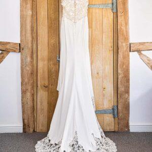 Wedding Dress, Wedding Photographer, Stratford upon Avon, The Bell, Alderminster, St. Mary's Church, Wimpstone