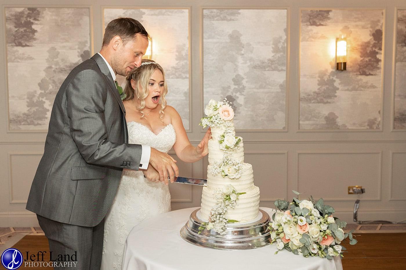 Billesley Manor Wedding Cutting the Cake